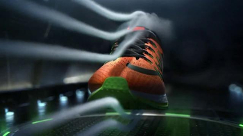 Nike Air Zoom Elite 8 TV Spot, 'Streamlined' thumbnail