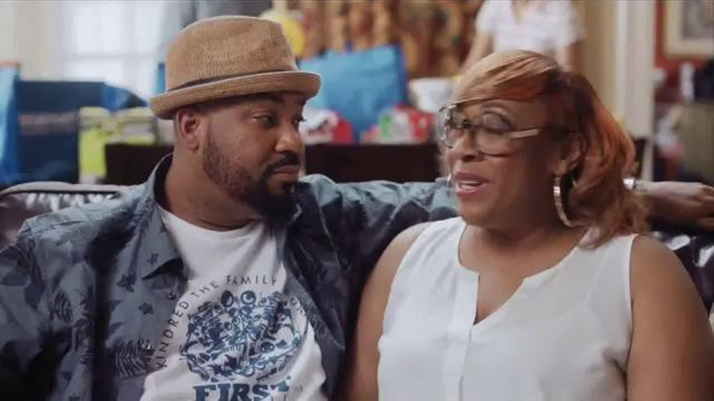 Walmart TV Spot, 'Family Reunions Made Easier' thumbnail