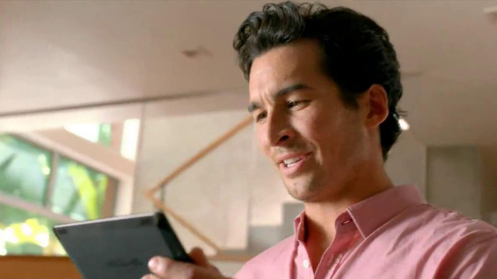 Amazon Kindle Fire HDX TV Spot, 'Mayday' - Screenshot 5