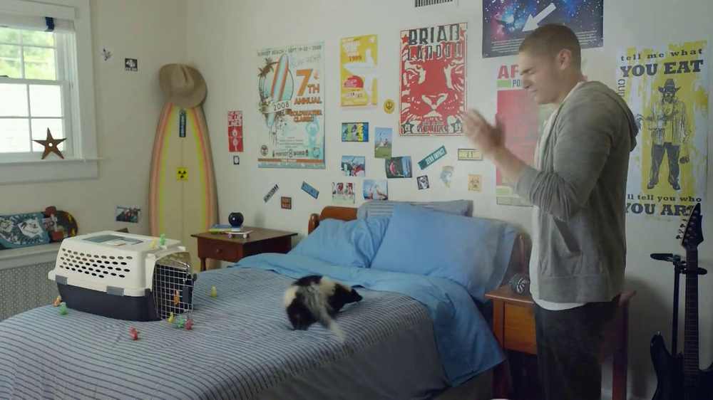 Sour Patch Kids TV Spot, 'New Pet' - Screenshot 5