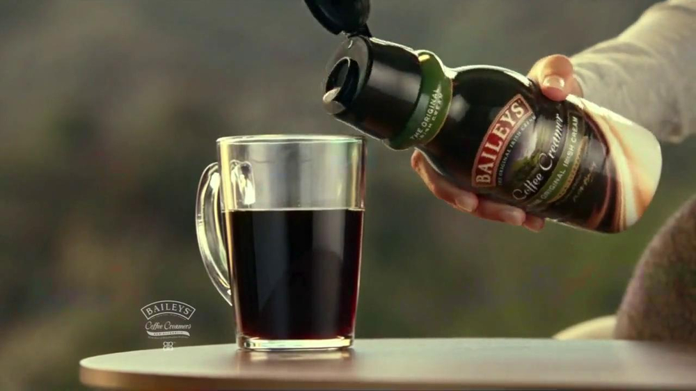 Baileys Mudslide Coffee Creamer TV Spot - Screenshot 3