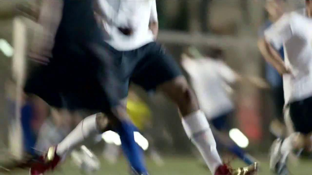 SK Energy TV Spot Con Colin Kaepernick [Spanish] - Screenshot 6