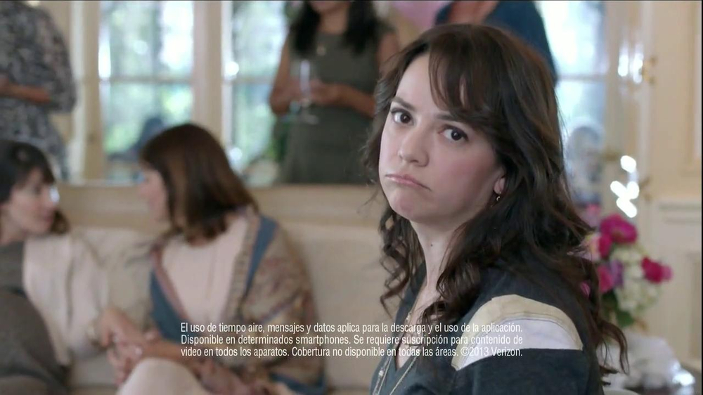 Verizon NFL Mobile TV Spot, 'Baby Shower' [Spanish] - Screenshot 4