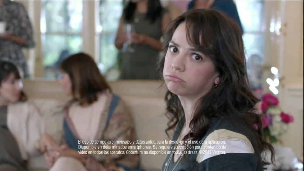 Verizon NFL Mobile TV Spot, 'Baby Shower' [Spanish] - Screenshot 5