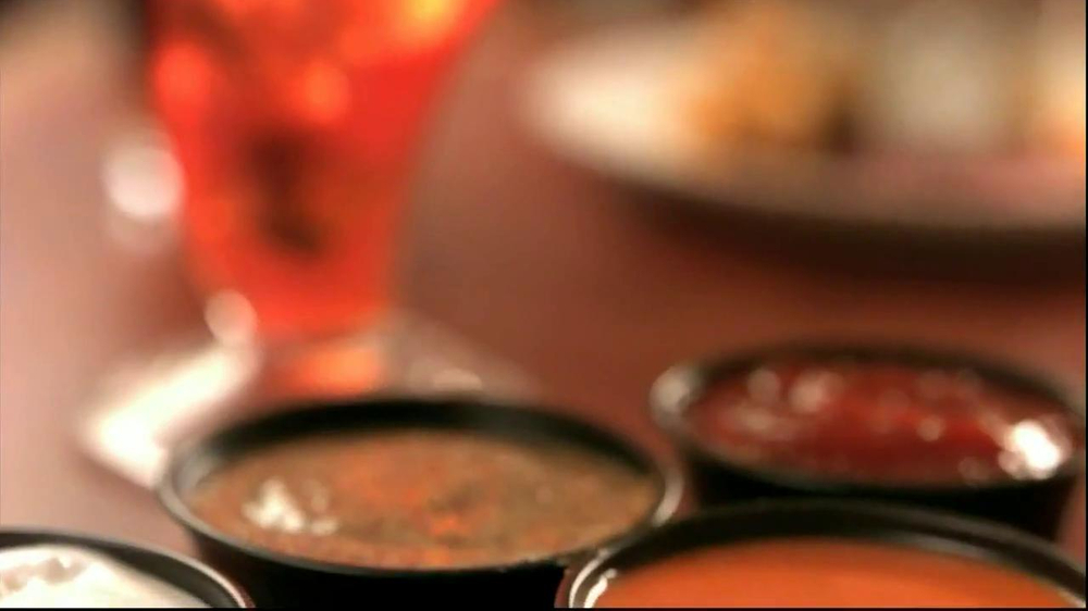 Red Robin Dipping Sauces TV Spot, 'Not Made with Real Buzzards' - Screenshot 4