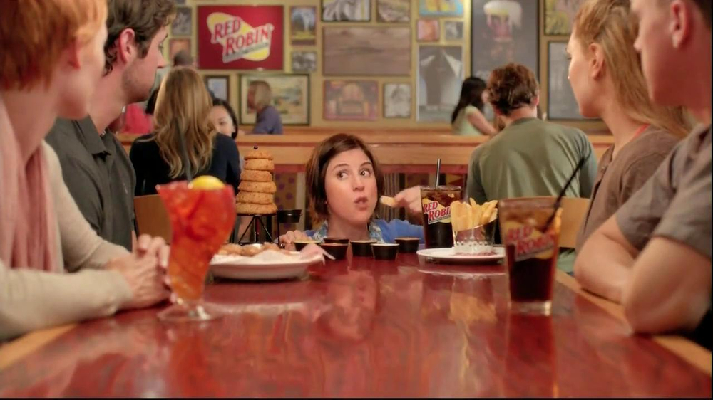 Red Robin Dipping Sauces TV Spot, 'Not Made with Real Buzzards' - Screenshot 8