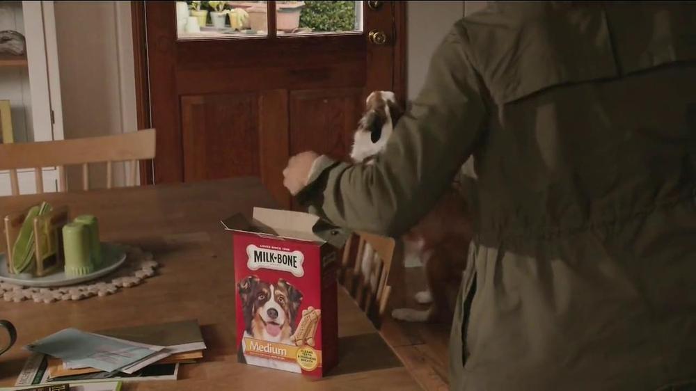 Milk-Bone TV Spot, 'Ready, Set, Go' - Screenshot 6