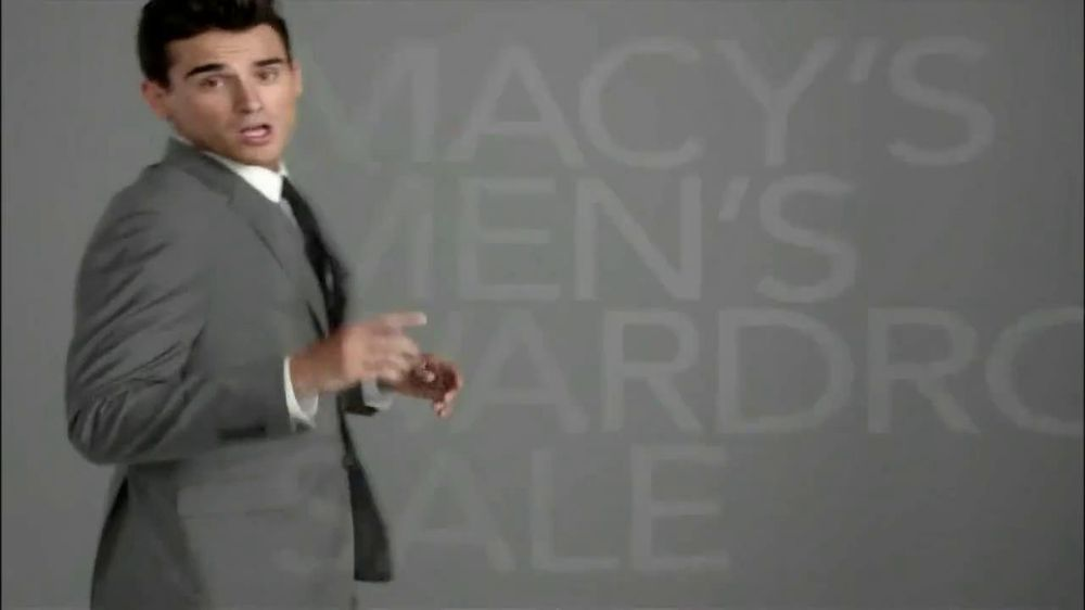 Macy's Spring Men's Wardrobe Sale TV Spot - Screenshot 10