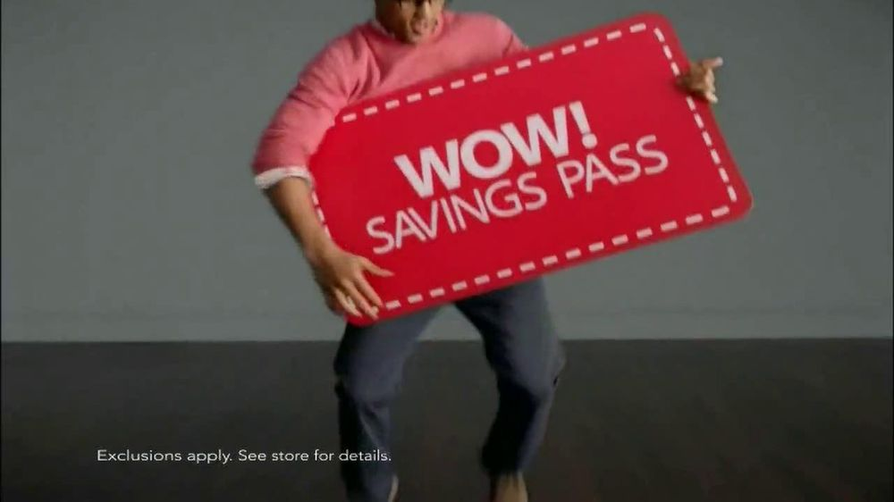 Macy's Spring Men's Wardrobe Sale TV Spot - Screenshot 8