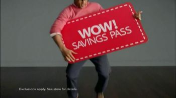 Macy's Spring Men's Wardrobe Sale TV Spot - Thumbnail 8