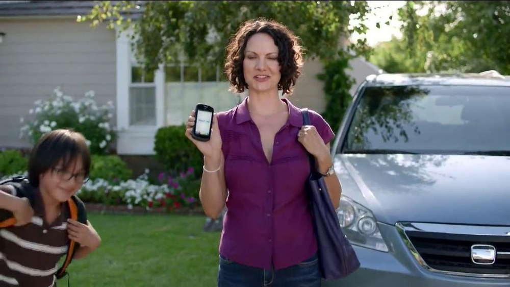 TracFone Huawei Glory TV Spot - Screenshot 3