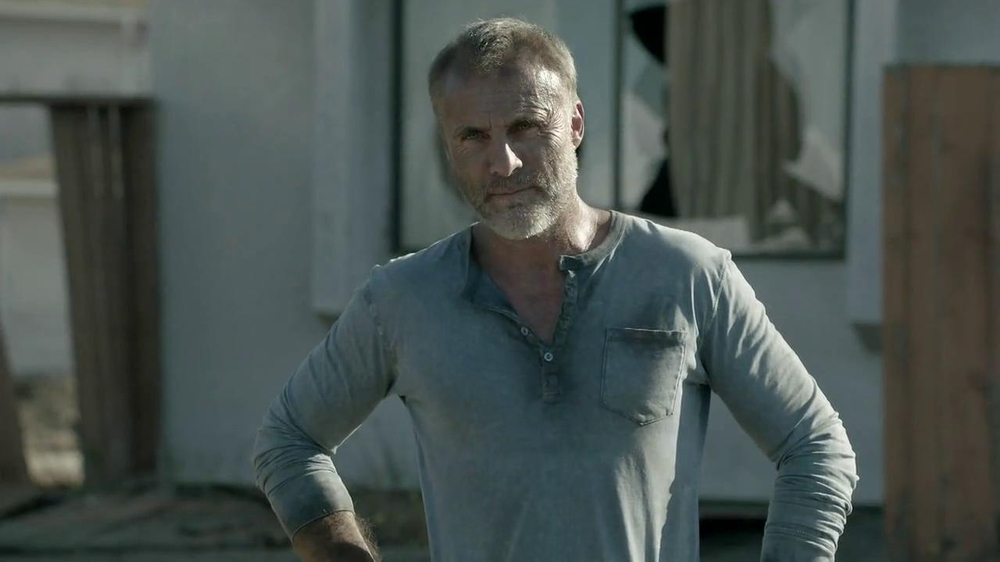 Hyundai TV Spot, 'The Walking Dead Chop ShopSpeech' - Screenshot 5