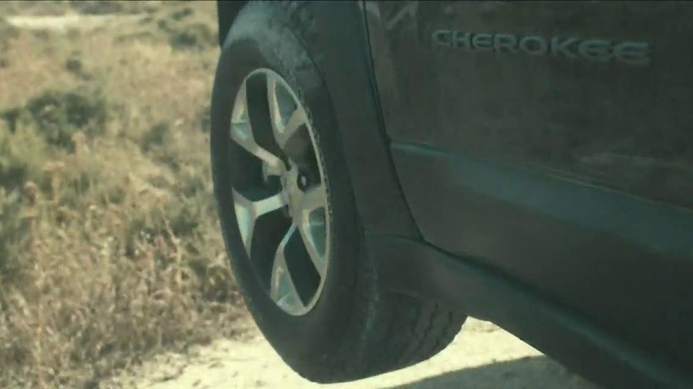 2014 Jeep Cherokee TV Spot, 'Built Free' - Screenshot 5