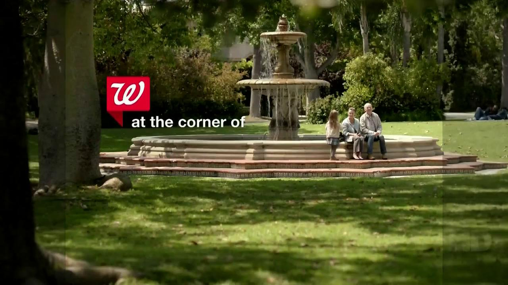 Walgreens TV Spot, 'Fountain' - Screenshot 1