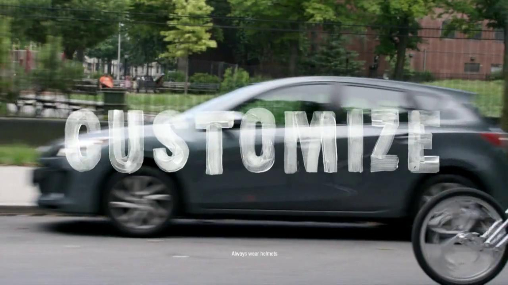 Motorola Moto X TV Spot, 'Customize' Song by Kanye West - Screenshot 1
