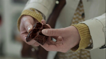 Fiber One 90 Calorie Brownies TV Spot, 'Drama' Song by Bonnie Tyler - Thumbnail 9