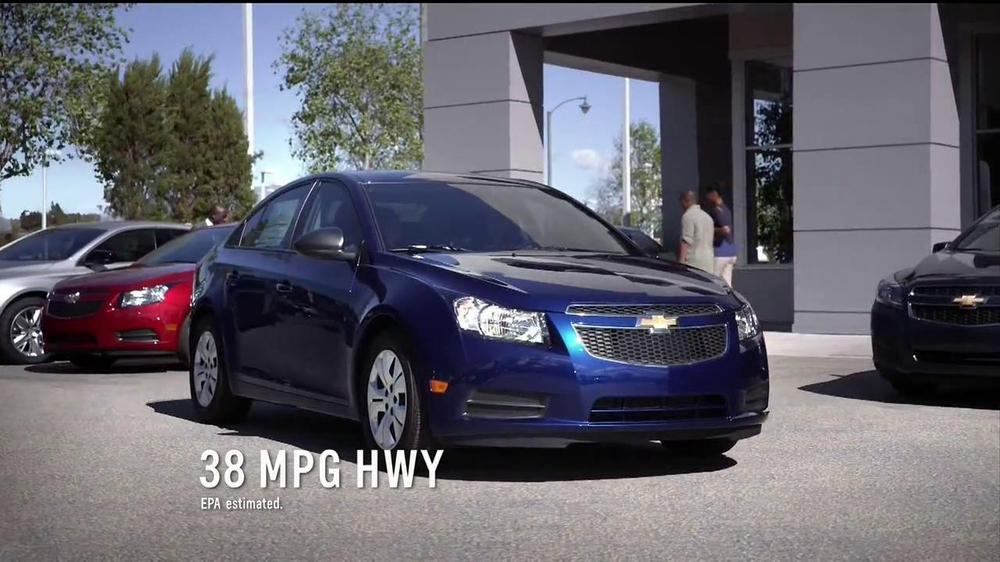 2014 Chevrolet Cruze LT TV Spot, 'Crazy' - Screenshot 2