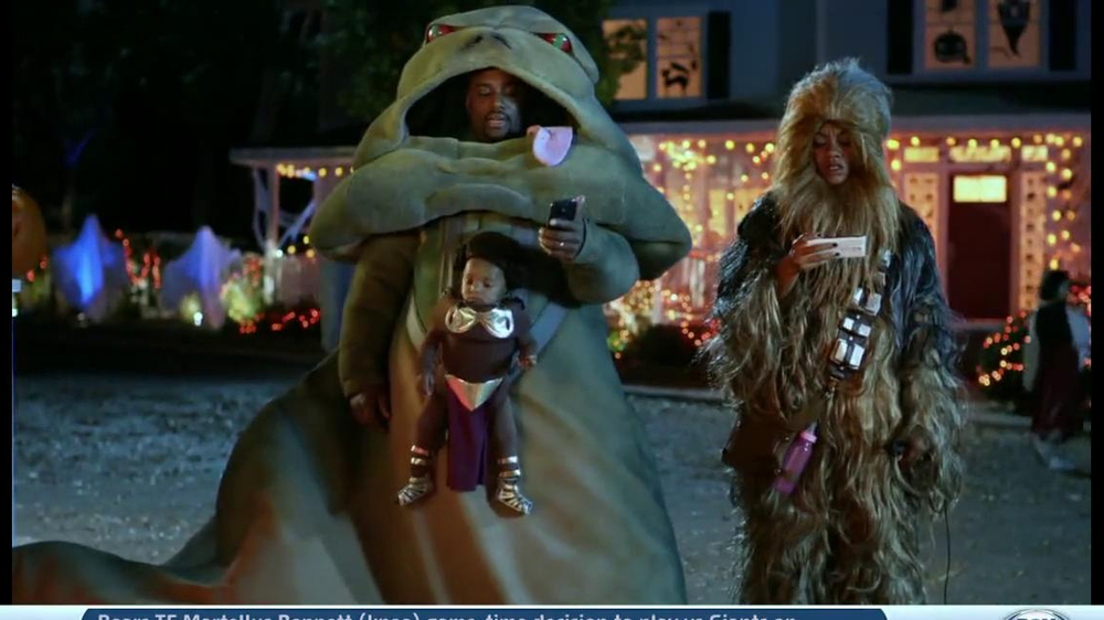 Verizon TV Spot, 'Star Wars Halloween' - Screenshot 4