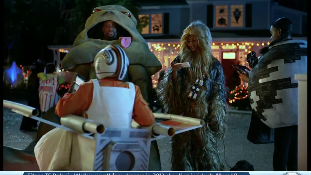Verizon TV Spot, 'Star Wars Halloween' - Screenshot 7