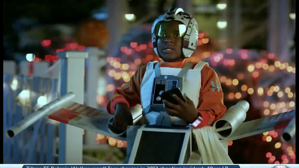 Verizon TV Spot, 'Star Wars Halloween' - Screenshot 8