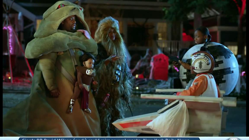 Verizon TV Spot, 'Star Wars Halloween' - Screenshot 9