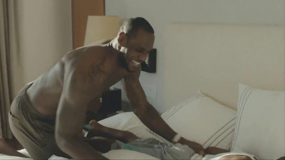 Samsung Galaxy TV Spot, 'At Home' Featuring LeBron James - Screenshot 1