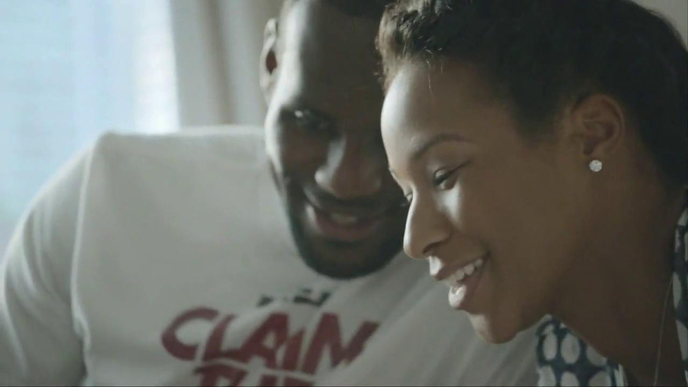Samsung Galaxy TV Spot, 'At Home' Featuring LeBron James - Screenshot 4