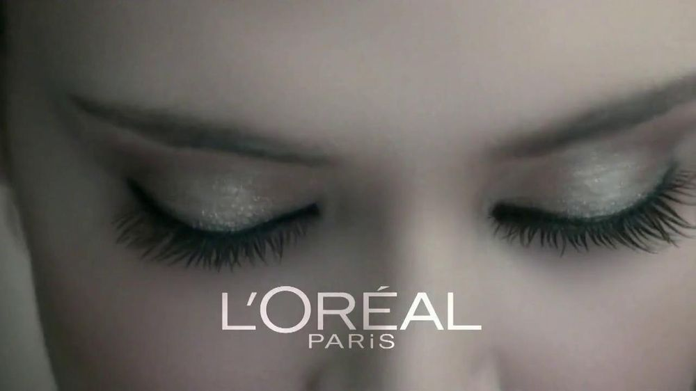 L'Oreal Paris Voluminous Butterfly Mascara TV Spot - Screenshot 1