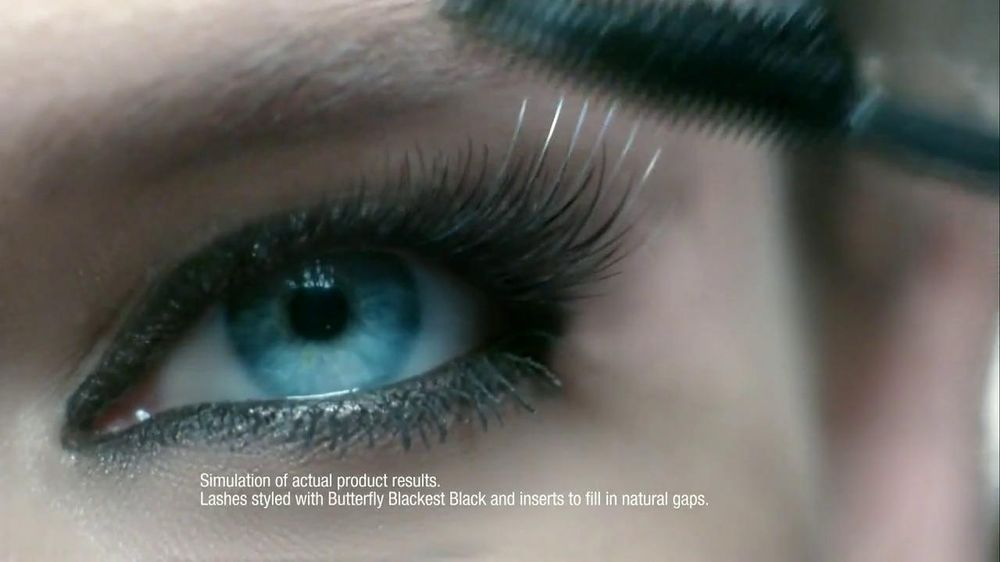 L'Oreal Paris Voluminous Butterfly Mascara TV Spot - Screenshot 5