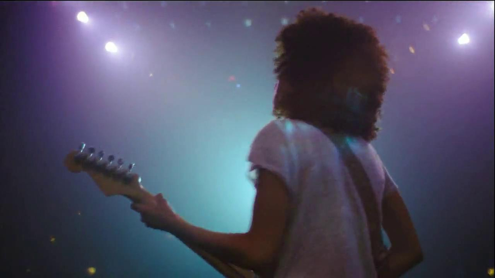Wells Fargo TV Spot, '6 String Dream' Song by Andy Allo - Screenshot 7