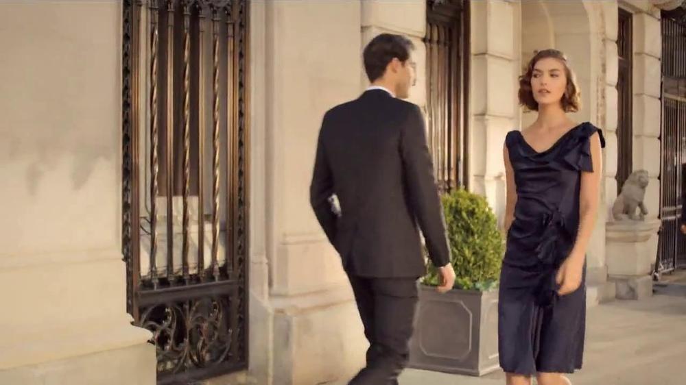 Estee Lauder Modern Muse TV Spot, 'Be an Inspiration' Song by Bruno Mars - Screenshot 3