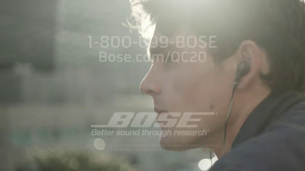 Bose QuietComfort 20 TV Spot, Song by Leagues - Screenshot 9