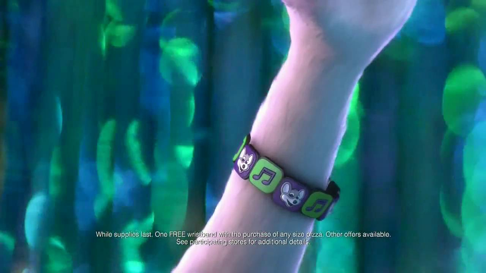 Chuck E. Cheese's Wristbands TV Spot, 'Free Birds' - Screenshot 2