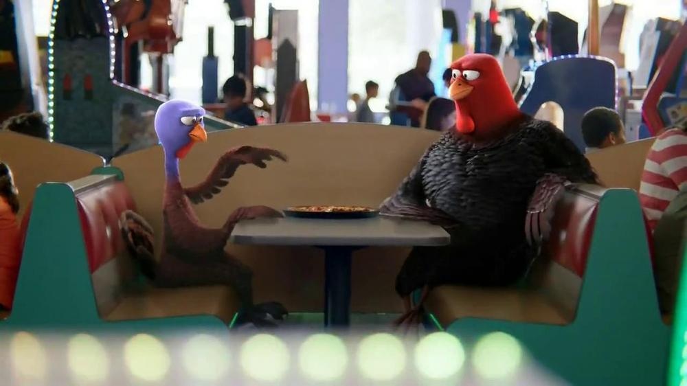 Chuck E. Cheese's Wristbands TV Spot, 'Free Birds' - Screenshot 6