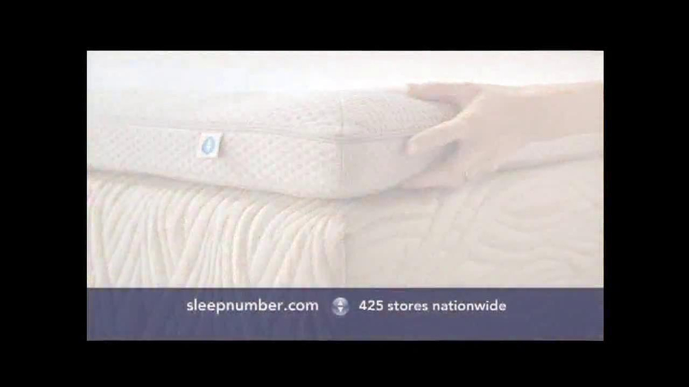 Sleep Number Dual Temp TV Spot, 'Too Hot or Too Cool' - Screenshot 5