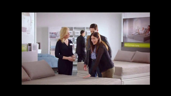 Sleep Number Dual Temp TV Spot, 'Too Hot or Too Cool' - Thumbnail 8