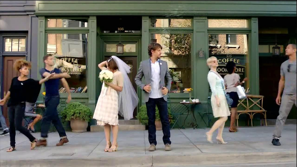 TD Ameritrade TV Spot, 'Wedding' - Screenshot 3