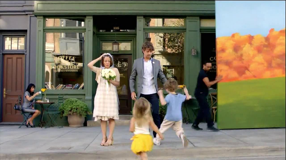 TD Ameritrade TV Spot, 'Wedding' - Screenshot 4