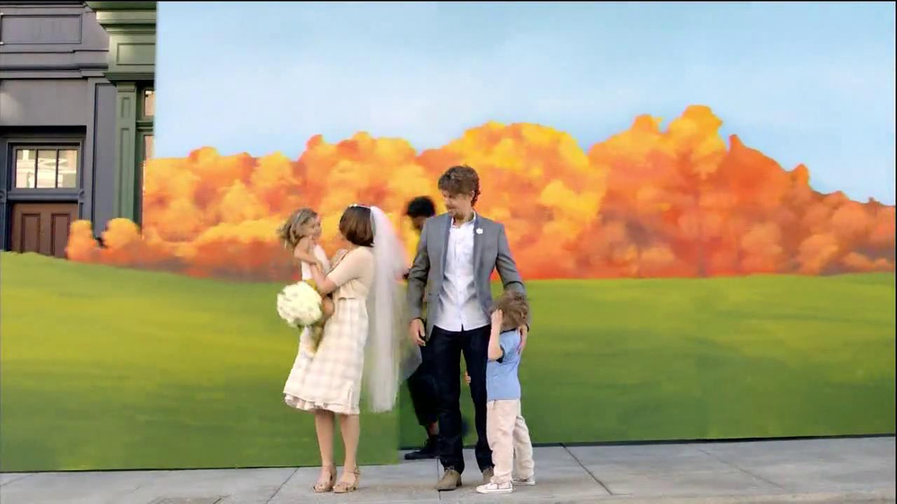 TD Ameritrade TV Spot, 'Wedding' - Screenshot 5
