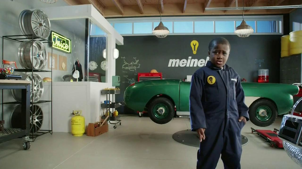 Meineke TV Spot, 'Break Dancing' Featuring Robby Novak - Screenshot 3