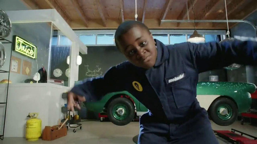 Meineke TV Spot, 'Break Dancing' Featuring Robby Novak - Screenshot 7