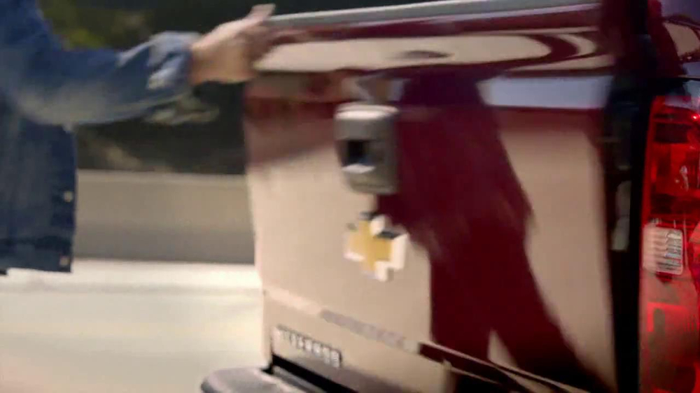 2014 Chevrolet Silverado TV Spot, 'Quiet Cab' - Screenshot 2