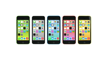 Apple iPhone 5C TV Spot, 'Plastic Perfected' Song by Sleigh Bells - Thumbnail 10