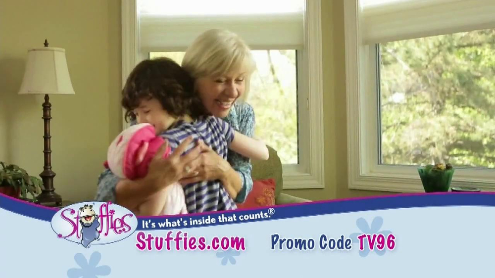 Stuffies TV Spot, 'Dear Grandma' - Screenshot 6