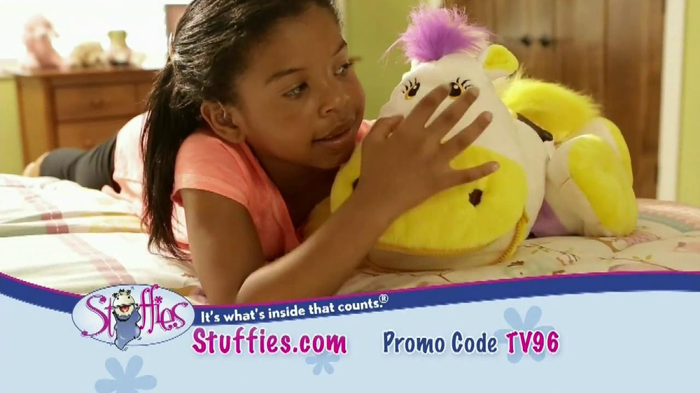 Stuffies TV Spot, 'Dear Grandma' - Screenshot 7