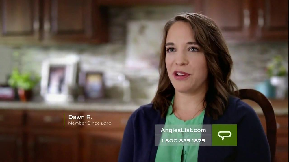 Angie's List TV Spot, 'Working Mom' - Screenshot 3