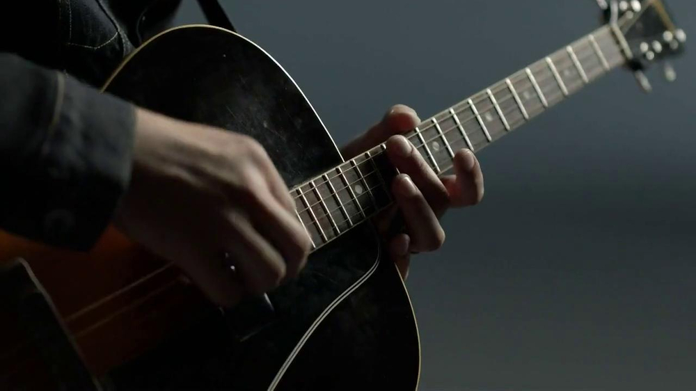 Gap TV Spot, 'Back To Blue' Featuring Dhani Harrison - Screenshot 1