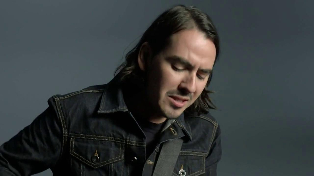 GAP TV Spot, 'Back To Blue' Featuring Dhani Harrison - Screenshot 6