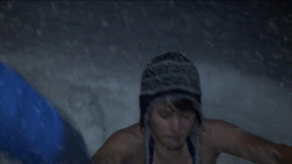 Columbia Omni-Heat TV Spot, 'Snow Angel' - Screenshot 8