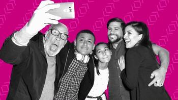 T-Mobile TV Spot, 'Golazo' [Spanish] thumbnail